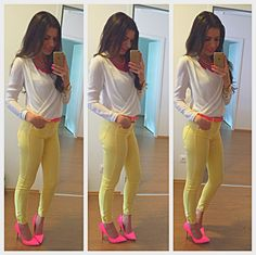 #neon #styled #love Capri Pants, Neon, My Style, Fashion, La Mode, Neon Tetra, Capri Trousers, Moda, Fasion