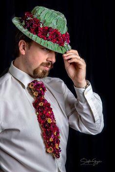 Botanical Fashion, Floral Fashion, Art Floral, Floral Design, Floral Bodies, Floral Bow Tie, Flower Dresses, Hair Designs, Headpiece