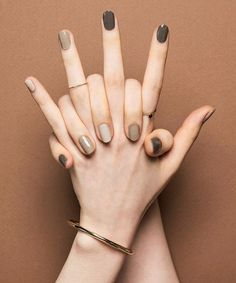 Pin by Lisa Firle on Nageldesign - Nail Art - Nagellack - Nail Polish - Nailart - Nails Classy Nails, Stylish Nails, Simple Nails, Ten Nails, Nagellack Trends, Minimalist Nails, Perfect Nails, Winter Nails, Autumn Nails