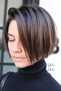 42 Best Short Bob Cuts for Get Your Haircut Inspiration Today!, Best Short Bob Cuts Relationships with short female haircuts all fold differently. Someone considers them very attractive, stylish and practical. Modern Bob Hairstyles, Bob Hairstyles For Fine Hair, Short Bob Haircuts, Hairstyles Haircuts, Bobs For Wavy Hair, Hairstyles Videos, Short Straight Hair, Short Hair Cuts For Women, Short Hair Trends