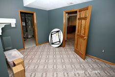 paint colors for honey oak trim | Here is the room Before.