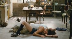 ... anne hathaway love and other drugs scene anne hathaway jake gyllenhaal
