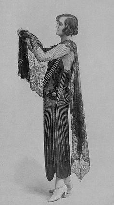 """Les Modes (Paris) September 1923 """"Velleda"""" Robe et manteau du soir de la maison agnes"""