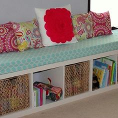 Like the IDEA.not colors/patterns Its a shelf turned on it's SIDE, add long foam cover pad. add pillows and you have a lovely WINDOW SEAT. GREAT IDEA, without expense of built in window seat! Diy Home Decor, Room Decor, Diy Casa, Kallax, Ikea Expedit, Ikea Bookcase, Bookshelf Bench, Bookcase Storage, Bookshelves