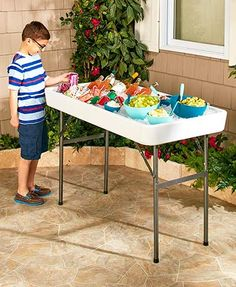 This Fill and Chill Table lets you enjoy the party without constantly running to the fridge. It's designed to be filled with ice to keep food and beverages chilled throughout a cookout, tailgate, or other gathering. Ice Cooler, Food Cooler, Cool Tables, Lakeside Collection, Bbq Party, Outdoor Parties, Grad Parties, Summer Parties, Birthday Parties