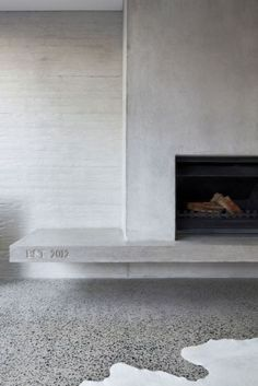 Homely, contemporary, nil maintenance: The Modern Family Dream home Concrete fireplace Fireplace Hearth, Fireplace Surrounds, Fireplace Ideas, Concrete Fireplace, Tiled Fireplace Wall, Suspended Fireplace, Floating Fireplace, Fireplace Drawing, Craftsman Fireplace