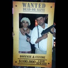 ✔ Couple Halloween Costumes Ideas Bonnie And Clyde Diy Couples Costumes, Unique Costumes, Couple Halloween Costumes, Diy Costumes, Costume Ideas, Alaaf You, Bonnie And Clyde Halloween Costume, Bonnie Clyde, Halloween 2017