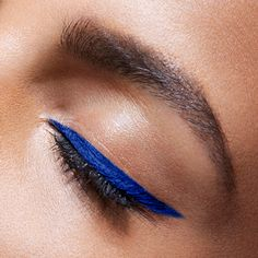 Gotta show our pride for the red, white, and blue. This 4th of July, say it with a blue eyeliner look. Just apply Maybelline Lasting Drama Gel Pencil in 'Lustrous Sapphire' along the upper lash line for a summer makeup look that is perfect for the holiday. Wear it for a daytime picnic or evening beach bonfire, it's a look that is sure to get noticed any time of day.