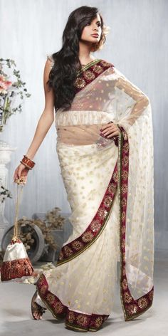 Tarun Tahiliani - South Asian Bride White Saree   fullcircleeventi.com