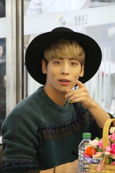 Jonghyun. I had a dream of Jonghyun, he kinda looked like this <3 Tue, May 24. 6:58, Shinee,