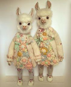 Shable and Orth. Creepy Baby Dolls, Creepy Animals, Creepy Vintage, Animal Action, Teddy Toys, Teddy Bear, Felt Dolls, Custom Dolls, Ooak Dolls