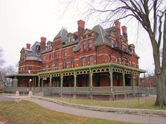 The Hotel Florence in Pullman, Chicago was built in 1881. It was named after a daughter of George Pullman. Today the building is owned by Illinois Historic Preservation Agency and is currently being restored.