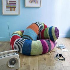 Un boa de décoration en tricotin