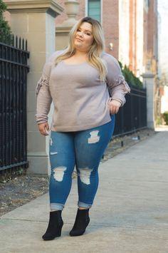 f01ae08688e6e Chicago Plus Size Fashion Blogger Natalie Craig reviews Charlotte Russe s  skinny jeans