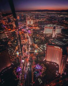 Las vegas from above las vegas strip, virgin atlantic, podróże, usa, destyn Las Vegas Love, Las Vegas Strip, Virgin Atlantic, Vacation Wishes, Vacation Destinations, Treasure Island Vegas, Best Travel Backpack, Valley Of Fire, Wanderlust