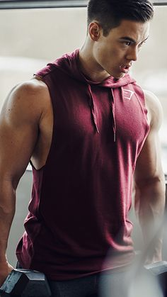 Unleash your inner beast. Add the Drop Arm Sleeveless Hoodie to your next workout.