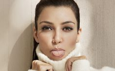 Kim Kardashian beauty face. Hot Female Celebrities, Famous Women, Cool Celebrity Wallpapers. Celebrity Wallpapers. HD Wallpaper Download for iPad and iPhone