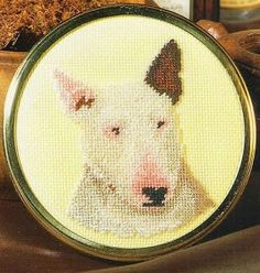 GRAFICOS PUNTO DE CRUZ GRATIS : PERROS (60) Cross Stitch Patterns, Decorative Plates, Dogs, Simple Cross Stitch, Punto De Cruz, Horses, Needlepoint, Throw Pillows, Doggies