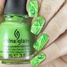 The Digit-al Dozen does Nature: Day 4 Leaf Nail Art