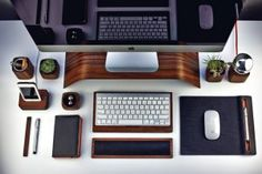 Home Office Desk Organization Bureaus Ideas Office Setup, Desk Setup, Office Decor, Imac Setup, Imac Desk, Home Office, Iphone Bumper Case, Iphone 6, Desks