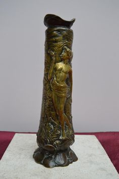 Vase Art Nouveau En Bronze Signé Charles Louchet.