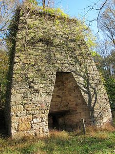 Hampshire County, West Virginia Bloomery Iron Furnace. Iron Furnace, West Virginia History, Shenandoah Valley, Virginia Homes, Mountain States, Back Home, Hampshire, Road Trips, Wrought Iron