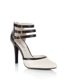 New Look ladies shoes - sandals, wedges, boots, high heels and more. Shop our fantastic range of shoes for women now. Shoe Gallery, Pointed Heels, Teen Fashion, New Look, Casual Shoes, Latest Trends, Contrast, Shoes Sandals, High Heels
