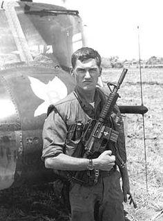 Air Cav Soldier holding an XM177-E1 Colt Commando M-609