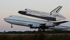 Space Shuttle Discovery landing in Washington DC