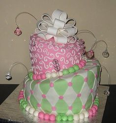 SIGH....Wish I had girls so I could make a girly cake like this for change.