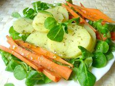 Ensalada: papas, zanahoria, berros, aceite de oliva, pimienta