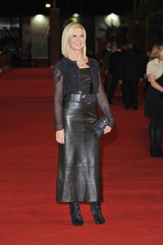 Olivia Newton-John Style Evolution: From Shiny Spandex To Sleek & Sophisticated (PHOTOS)