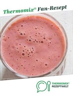 Strawberry smoothie from A Thermomix ® recipe from the drinks category at www.de, the Thermomix ® Community. Strawberry smoothie from A Thermomix ® recipe from the drinks category at www.de, the Thermomix ® Community. Smoothie Fruit, Strawberry Banana Smoothie, Smoothie Prep, Apple Smoothies, Smoothie Bowl, Healthy Smoothies, Smoothie Recipes, Healthy Desserts, Snacks Sains