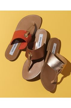 Sandals Summer Loving these chic flat thong sandals from Steve Madden. They serve as an essential update to any warm-weather style. - There is nothing more comfortable and cool to wear on your feet during the heat season than some flat sandals. Leather Sandals, Women's Shoes Sandals, Flat Sandals, Cute Shoes, Me Too Shoes, Flip Flop Sandals, Flip Flops, Nordstrom Boots, Summer Loving