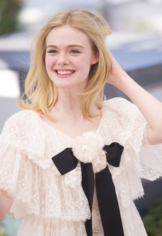 20/05 - The Neon Demon' Photocall 69th Annual Cannes Film Festival