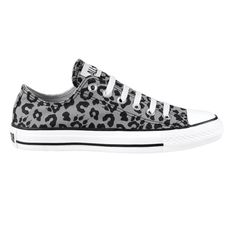 Converse All Star Lo Athletic Shoe - Cheetah. I'm glad animal prints are hot right now. Do want.