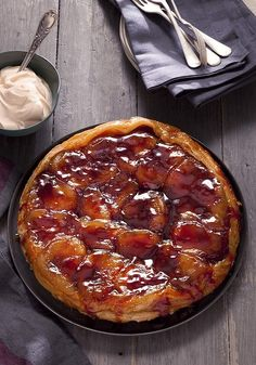 Tarte tatin http://www.frenchentree.com/france-food-cuisine/displayarticle.asp?id=48759