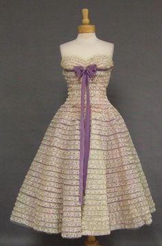 ~Will Steinman Ivory & Lavender Lace 1950s Prom Dress w/ Iridescent Trim~
