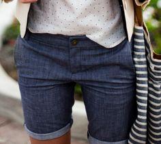 Denim, sans cutoffs (shudder)  with a cute spotty top. Nice
