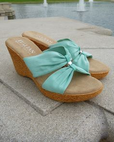 Relax in Italian Shoemakers' minty gems. Just $19.99 and only at Famous! #mintcondition #wedges
