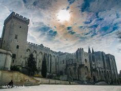 Castillo Papal de Avignon by Héctor Izquierdo Bartolí on 500px