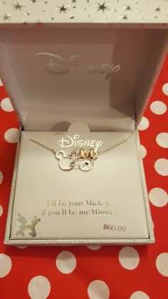 Cute jewelry Disney - Day 6 of Disney Fashionista's 10 Favorite Things Giveaway Disney Jewelry Cute Disney, Disney Style, Cute Jewelry, Jewelry Accessories, Fashion Accessories, Accesorios Casual, Fashion Jewelry, Women Jewelry, Disney Jewelry