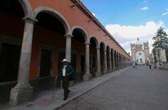 [La ocupación hotelera de muchos Pueblos Mágicos no supera ni el 50% / Cuartoscuro]  http://www.elfinanciero.com.mx/opinion/pueblos-magicos-pierden-presupuesto-y-credibilidad.html