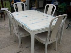 Houston: Dining Table 4 Chairs (shabby chic) $100 - http://furnishlyst.com/listings/1131070