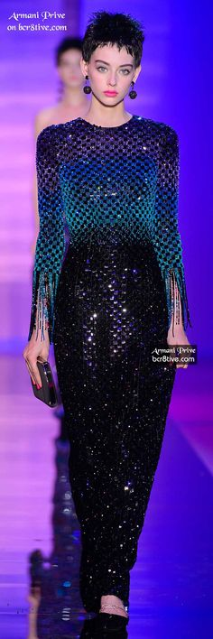 Giorgio Armani Privé Fall Winter 2015 Haute Couture Love this would feel like a chubby mermaid myself though