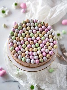 Täyteläinen Mignon-juustokakku (Ve) (Annin Uunissa) Yummy Treats, Yummy Food, Most Delicious Recipe, Piece Of Cakes, Let Them Eat Cake, I Love Food, Cheesecakes, Nutella, Cake Decorating