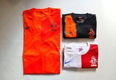 Netherlands 2012/2013/2014 home/away football shirts by Nike #netherlands #euro2020 #euro2012 #footballshirt #orange #soccerjersey #nike #nationalfootballteam #knvb #jersey Euro 2012, National Football Teams, Everton, Home And Away, Football Shirts, Jersey Shorts, Black Nikes, Ukraine, Netherlands
