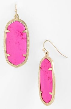 Kendra Scott Lee Gold And Magenta Magnesite Earrings Cute Jewelry, Jewelry Box, Jewelery, Jewelry Watches, Jewelry Accessories, Fashion Accessories, Fashion Jewelry, Jewelry Ideas, Women's Fashion