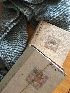 Episode 3 : journaling at the things #journal #journaling #audiopodcast #podcast #itunes #knitting