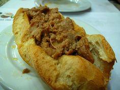 «Bifanas» (fièvres de porc) à la mode du Porto, Portugal
